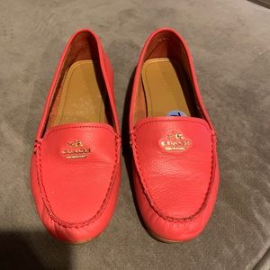 Coach flats size 7.5 in excellent condition